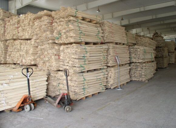 Production laminated bamboo