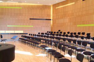 Bambus Wandverkleidung im Domsingschule Stuttgart