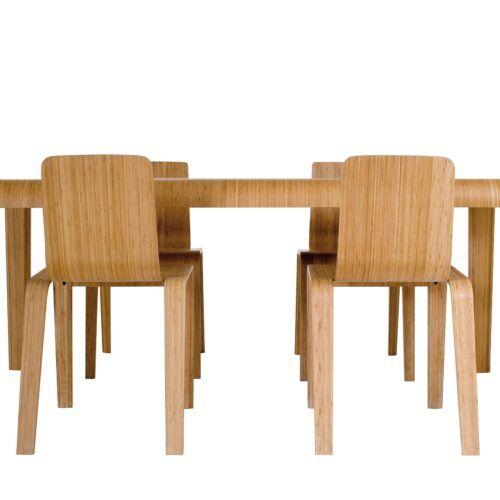 Artek Stühle und Tische