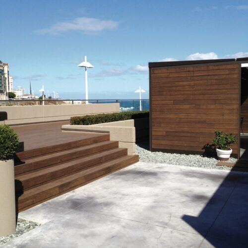 Bamboo deck and wall at Restaurant MOOM 57