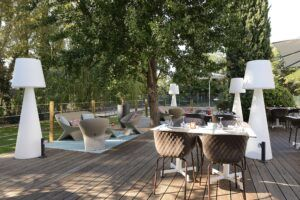 Pavimento da esterno in Novotel Avignon Nord 4* - Accor Group