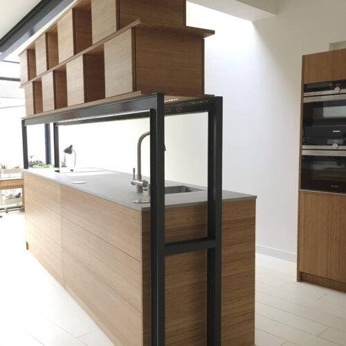 Bamboo kitchen by PresieZ Kitchen