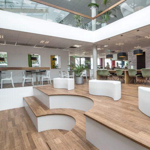 Bamboe trap in NBD Biblion-Zoetermeer