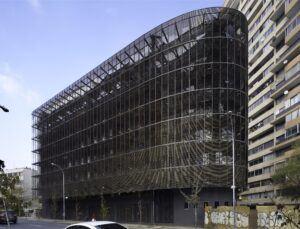 Persiane pieghevoli/scorrevoli in bamboo - uffici Università Cattolica Lira