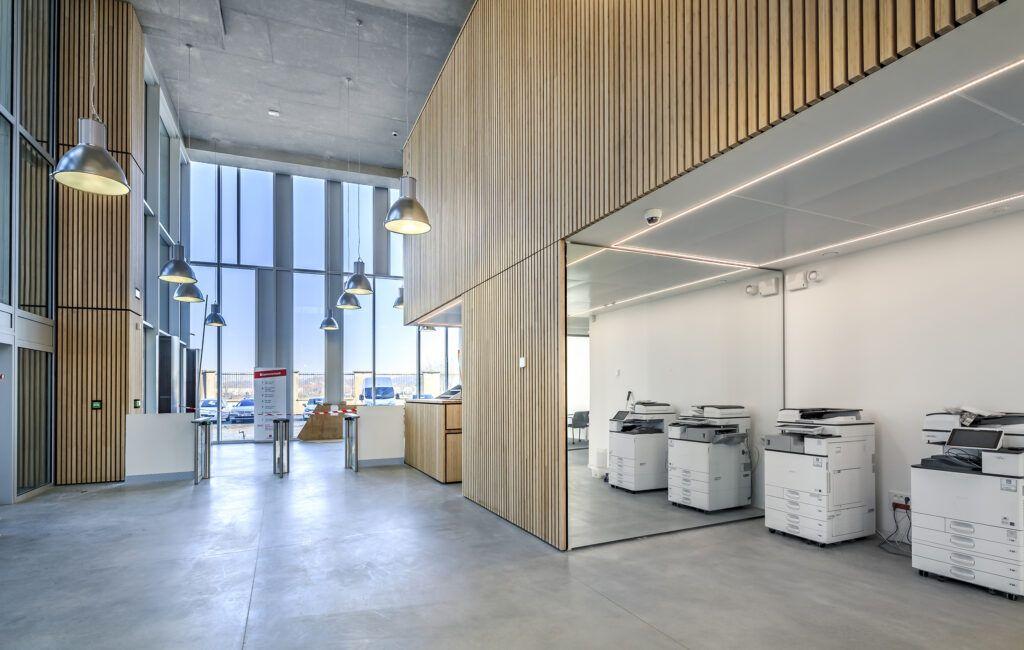 Bamboo indoor beams in Caisse d'Épargne de Bordeaux