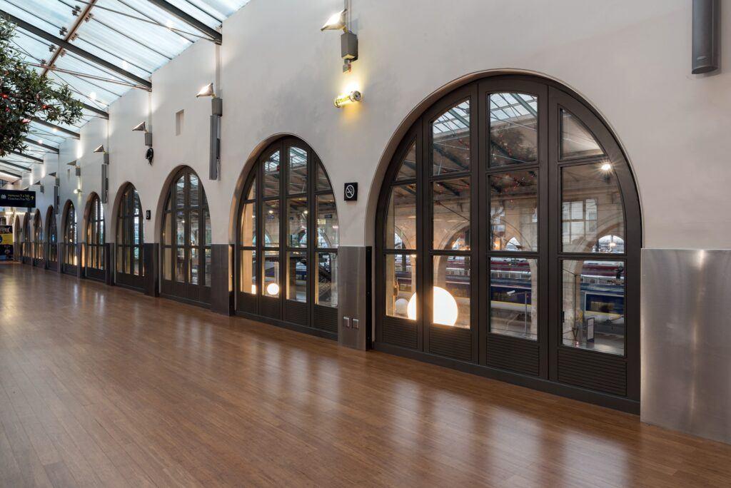 El suelo Bamboo Supreme está aplicado en Eurostar Paris Gare du Nord