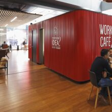 Bamboo flooring in Work/Café Bank Santander Offices