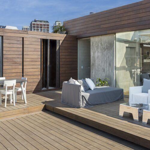Bamboo X-treme terras and fence at Private Residence in Buenos Aires