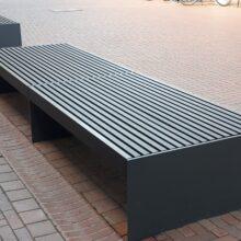 Vigas X-treme de bambu para la fabricación de muebles de exterior en el centro de la ciudad de Leverkusen