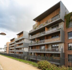 MOSO Bamboo N-finity applied as bamboo cladding for apartments at the Versailles district des Chantiers